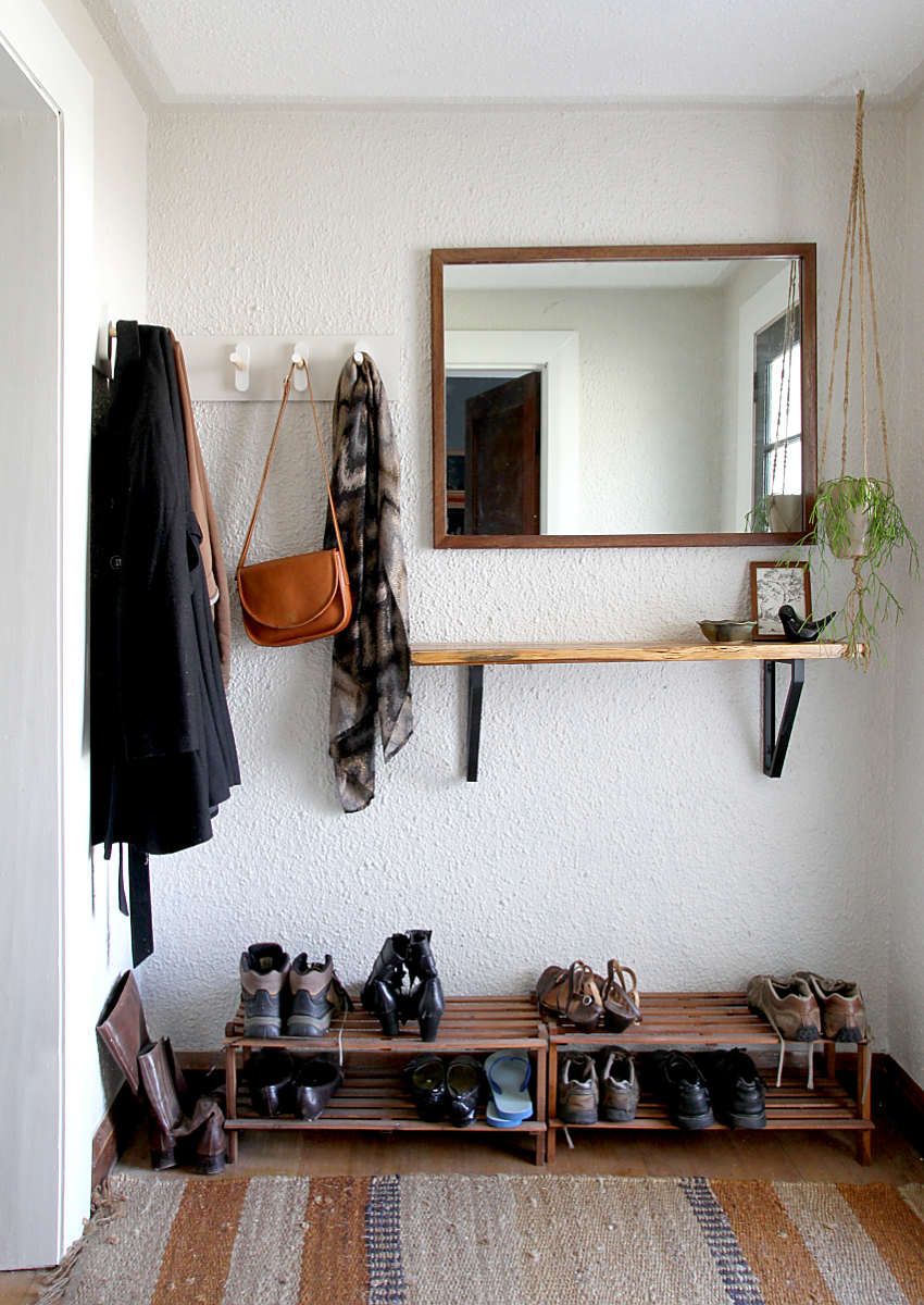 Make It Yourself Minimalist Coat Rack